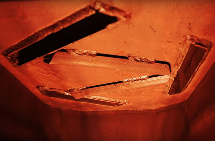 Свод топки печи Cometa Vega с тремя каналами для нагрева камней